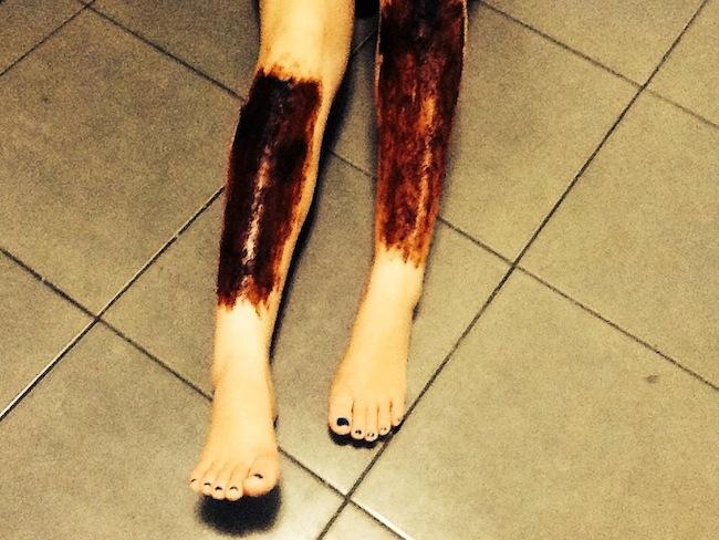chocolate body scrub - legs