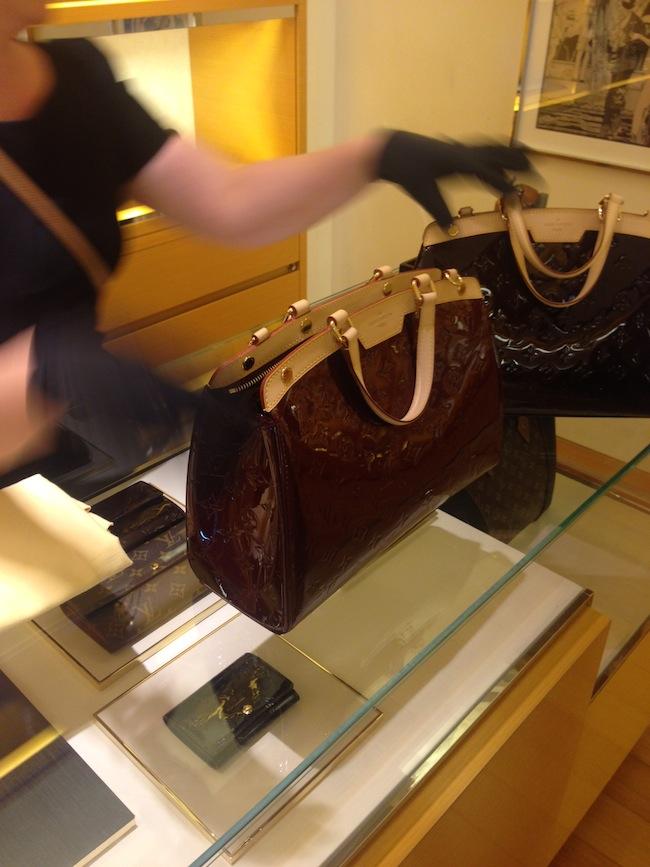Louis_Vuitton_Brea_display2