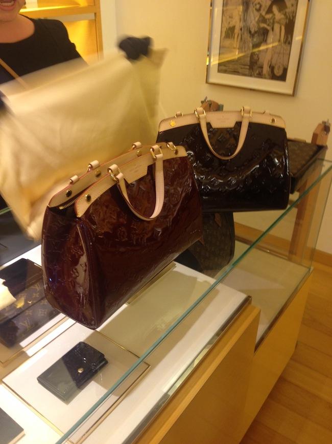 Louis_Vuitton_Brea_display4