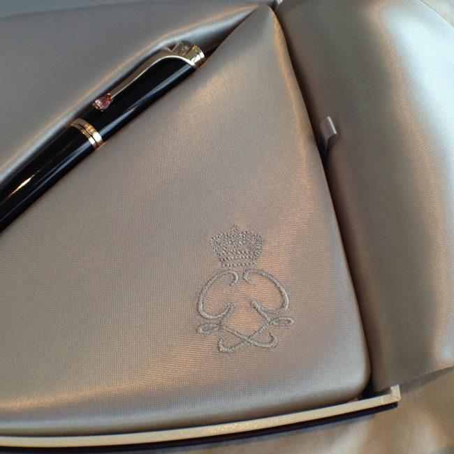 Montblanc-Princess-Grace-of-Monaco-Pen (4)