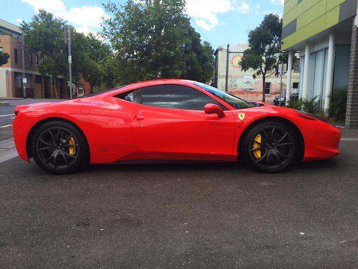 Red Ferrari 458_2