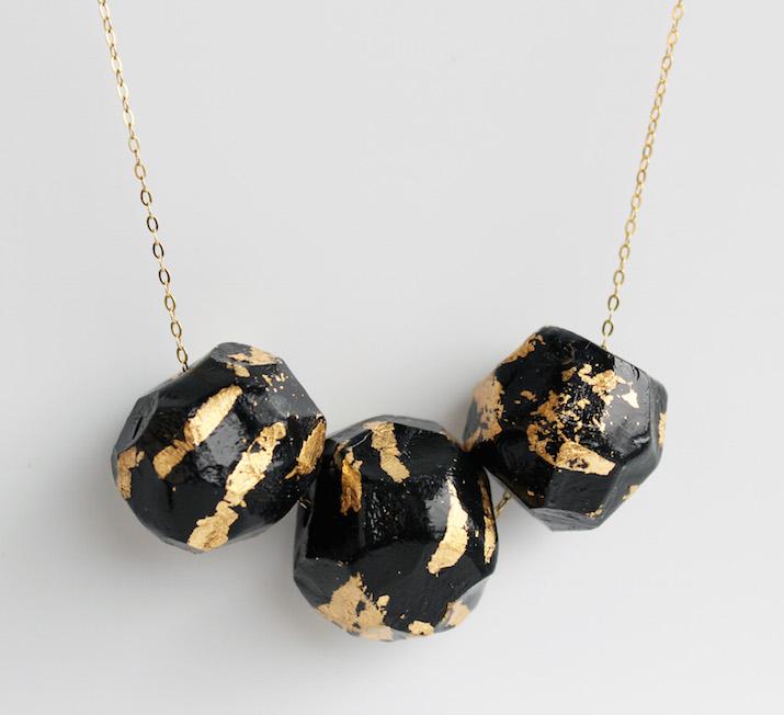 necklace-black-foil-emiliarossi