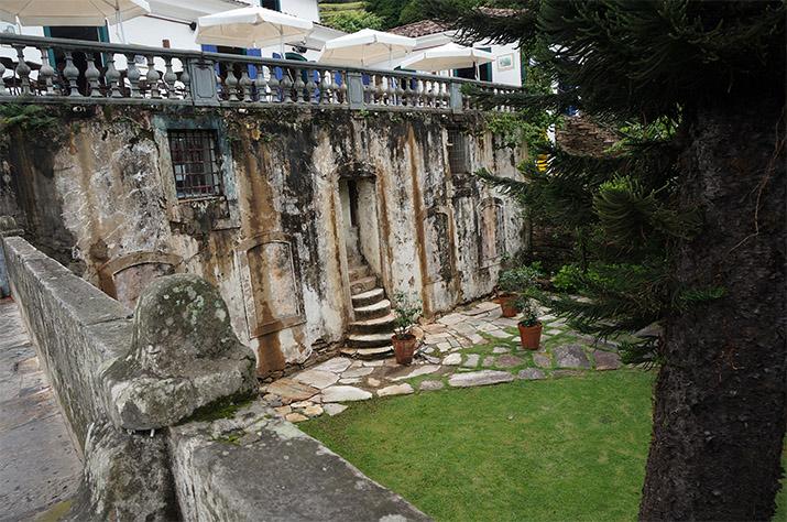Facts about Brazil - Ouro Preto-Emilia-Rossi