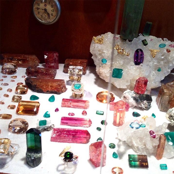 t Brazil - Ouro Preto-Emilia-Rossi-Gemstones